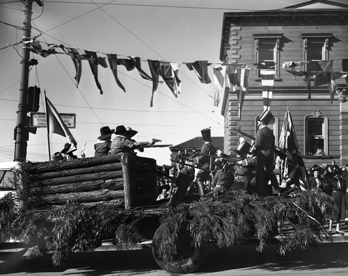 Jubilee Parade, Eureka Stockade float AB713-1-628